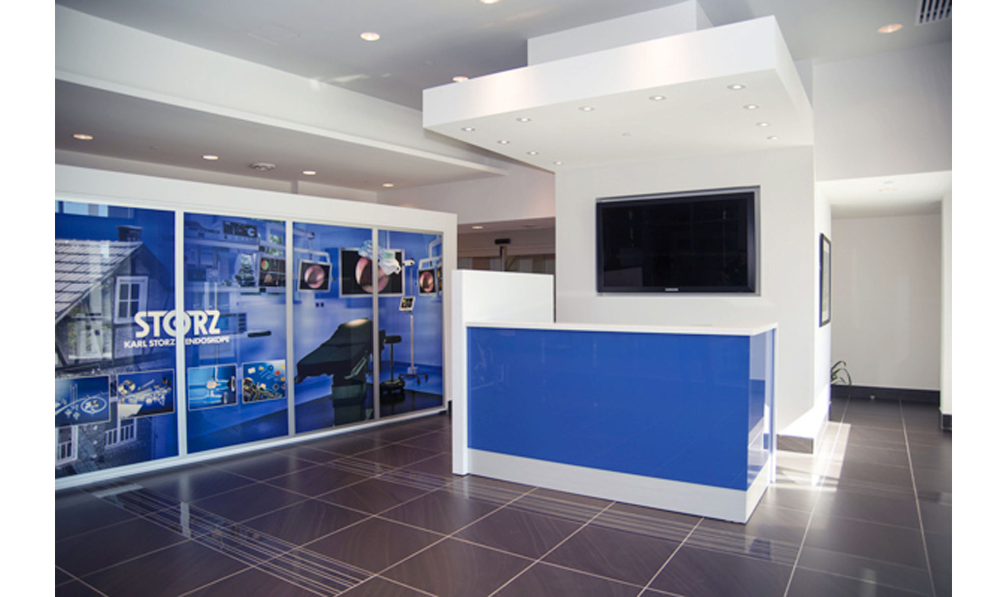 http://studio185.ca/interior-karl-storz-mississauga-offices